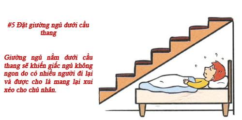 Bố trí giường ngủ dưới gầm cầu thang