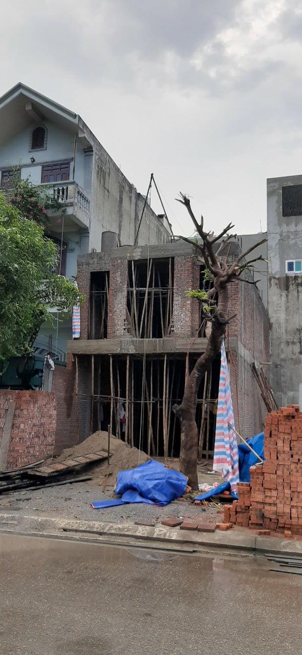 Căn nhà 4 tầng tân cổ điển ở Quảng Ninh trong giai đoạn xây dựng phần thô