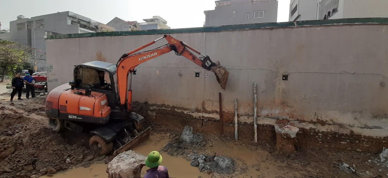 Tư vấn Phan Thịnh giám sát sau thiết kế nhà, nhà 4 tầng 1 tum tân cổ điển mặt tiền 5m ở Quảng Ninh