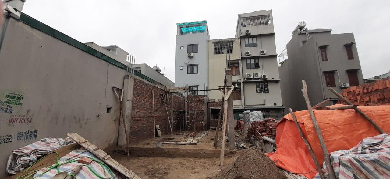 Ngôi nhà khi xây tường tầng 1