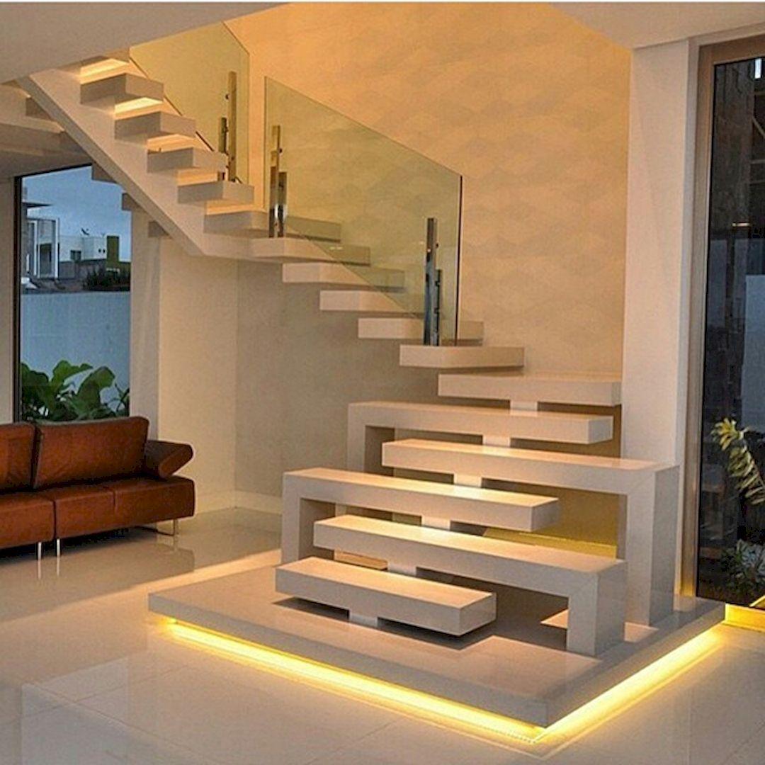 Cầu thang mặt bậc đổ bê tông