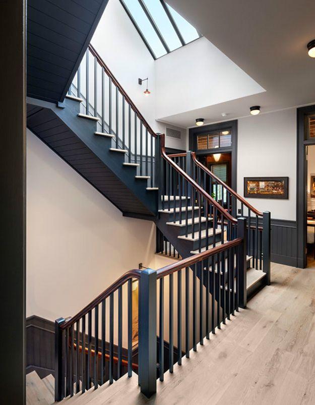 Thiết kế cầu thang dành cho những ngôi nhà cổ điển