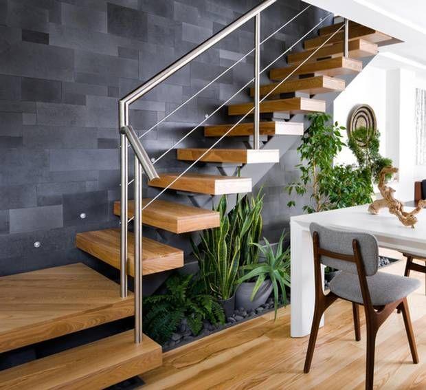 Cầu thang lan can inox đẹp