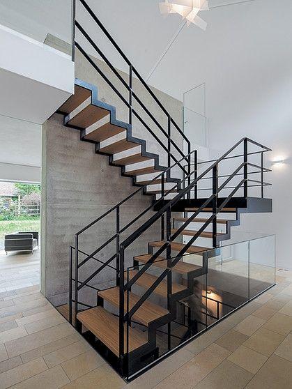 Cầu thang thiết kế tối giản đẹp