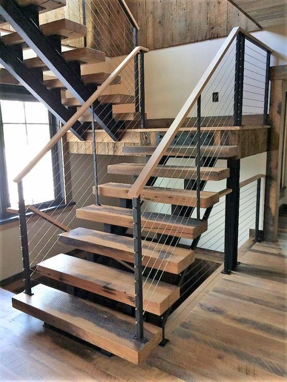 Cầu thang mặt gỗ đẹp