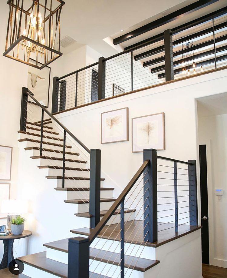 Thiết kế cầu thang cho ngôi nhà có gác lửng