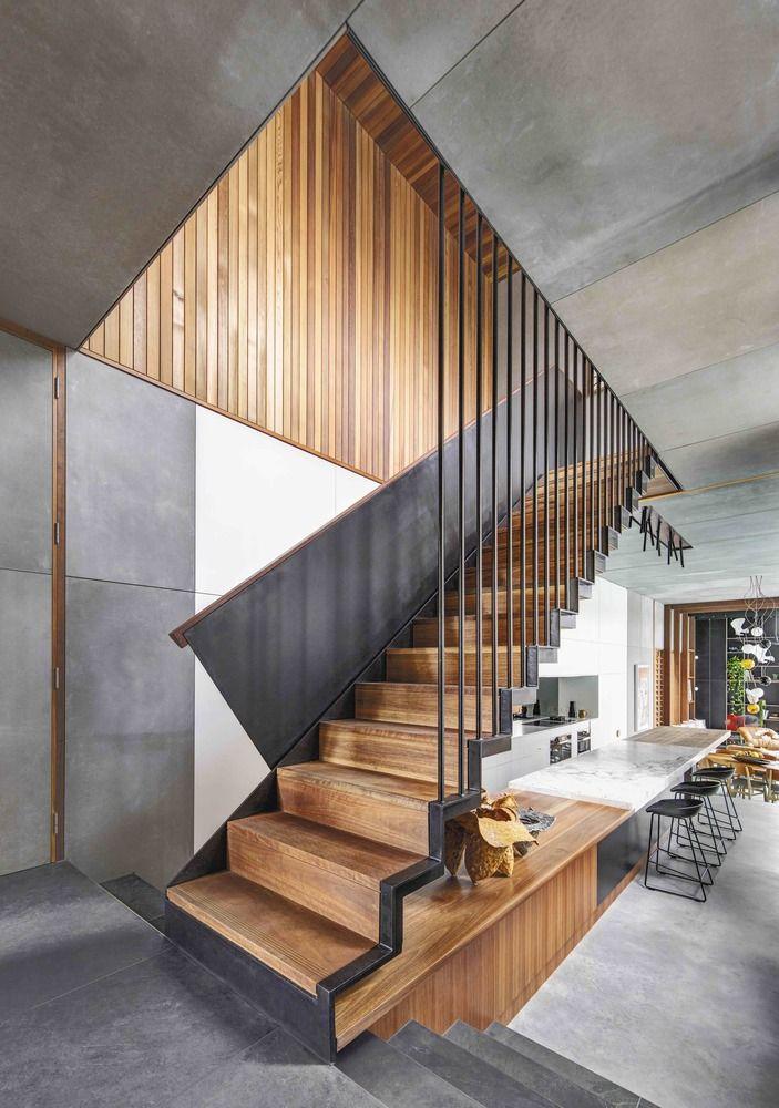 Mẫu cầu thang mặt bậc lát gỗ