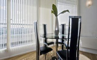 Rèm lá dọc đẹp Quảng Ninh, ưu nhược điểm và những lưu ý khi sử dụng rèm lá dọc
