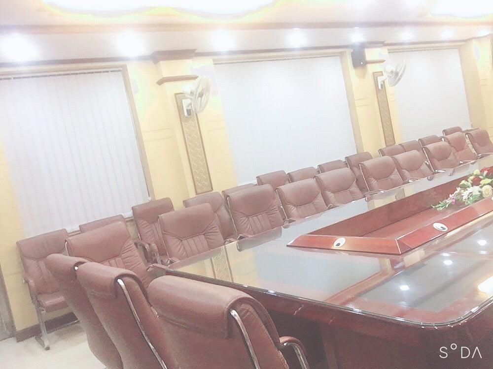 Thi công rèm cuốn trơn tại phòng họp UBND huyện Ba chẽ
